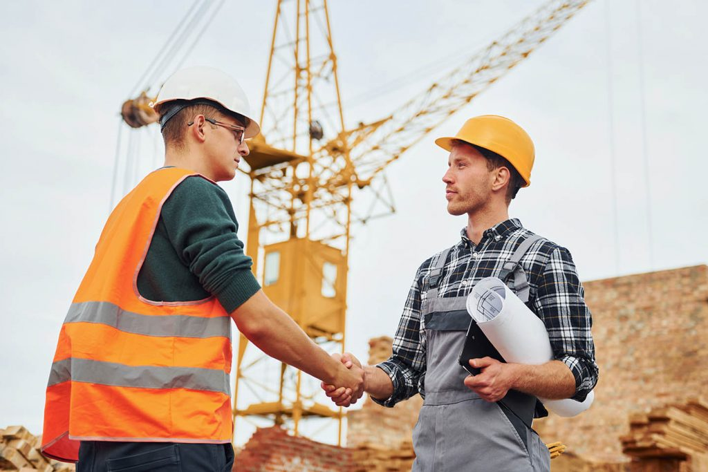 We specialize in safety management in construction industry.
